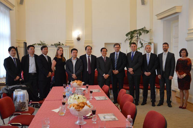 Kínai küldöttség Kiskőrösön