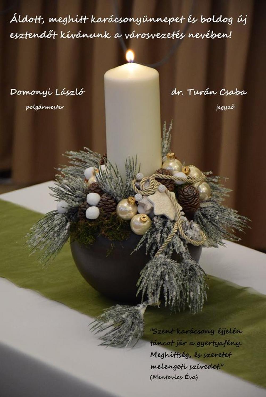 Boldog ünnepeket kívánunk!