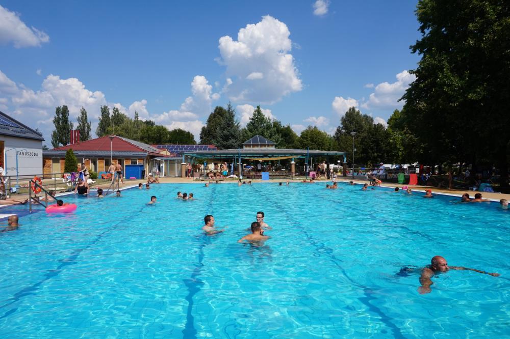 Május 8-án nyit a Kiskőrösi Rónaszéki Fürdő