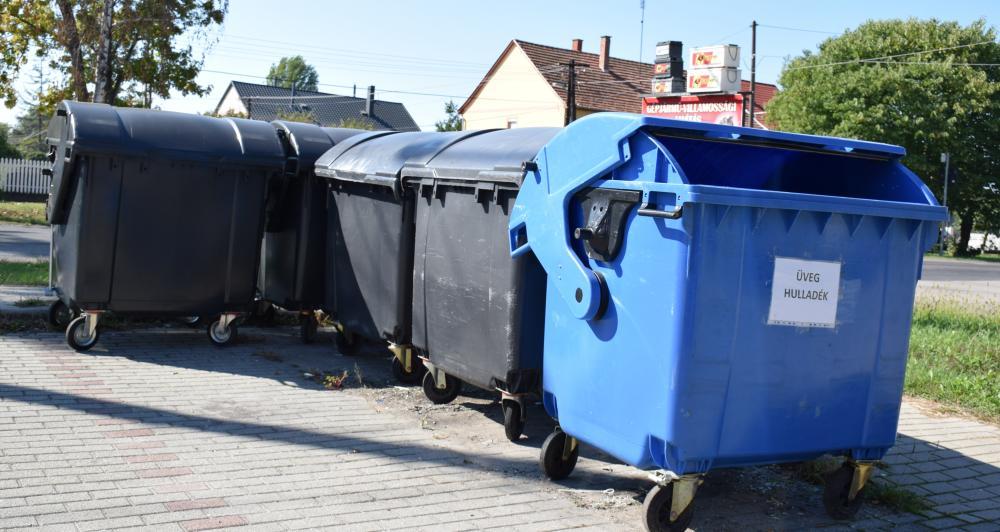 Új hulladékgyűjtő edényeket helyeztek ki a társasházi övezetekben