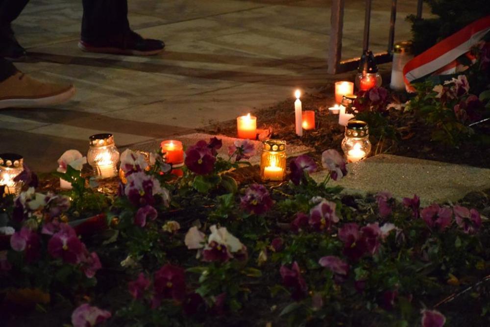Megemlékezés a forradalom áldozatairól